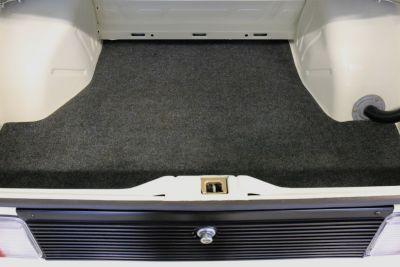 BMW 323 i wit 13.jpg