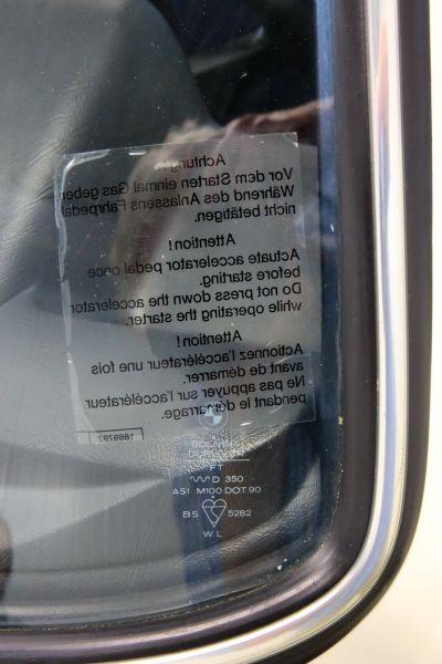 BMW 323 i wit 24.jpg