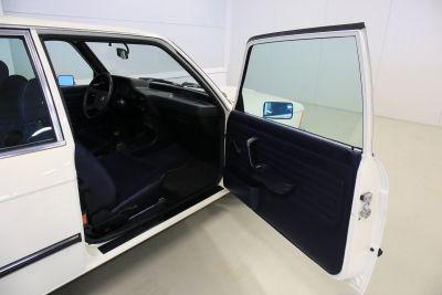 BMW 323 i wit 26.jpg