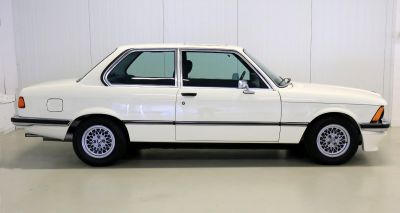 BMW 323 i wit 3.jpg