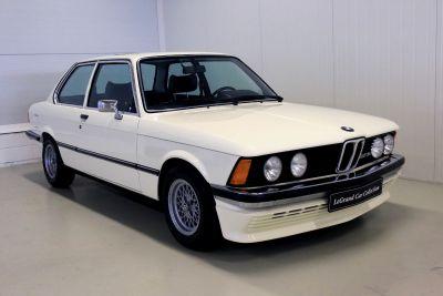 BMW 323 i wit 4.jpg