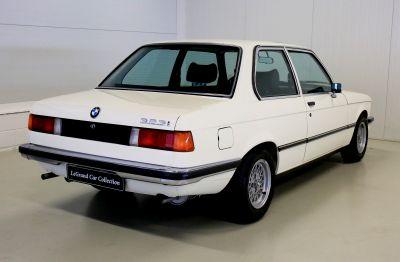 BMW 323 i wit 7.jpg
