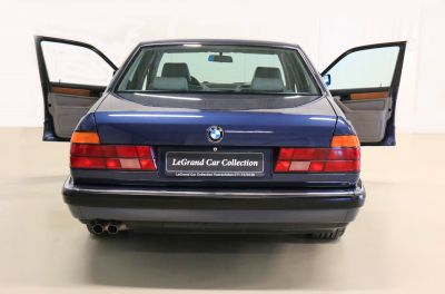 BMW 7 blauw 28.jpg