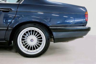 BMW 7 serie blaauw.jpg2_.jpg