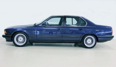 BMW 7 serie blaauw.jpg