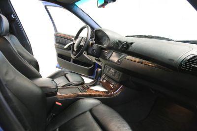 BMW X5 6.jpg