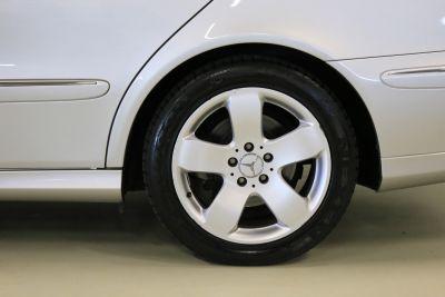 Mercedes E 500 AMG 3.jpg