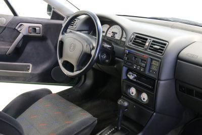 Opel calibra steinmetz.jpg15.jpg