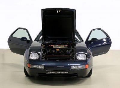 Porsche 928.jpg18.jpg