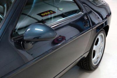 Porsche 928.jpg26.jpg