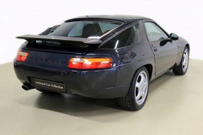Porsche 928.jpg27.jpg