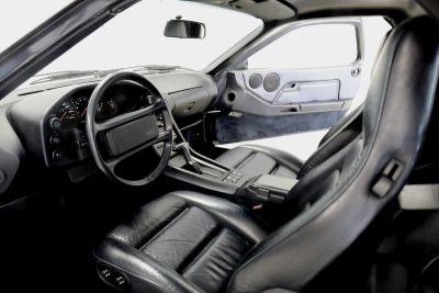 Porsche 928.jpg3_.jpg