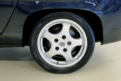 Porsche 928.jpg4_.jpg