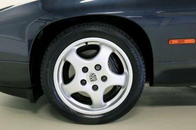 Porsche 928.jpg5_.jpg