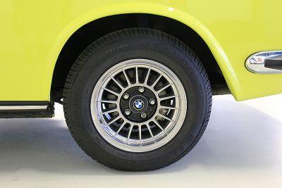 bmw geel 24.jpg
