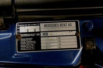 mercedes 190.jpg23.jpg