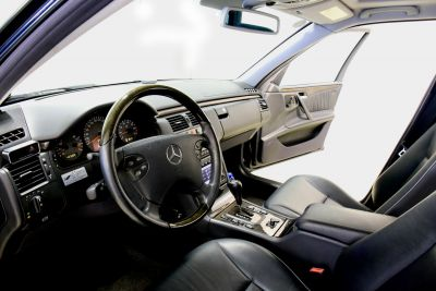 mercedes AMG blauw..jpg7_.jpg